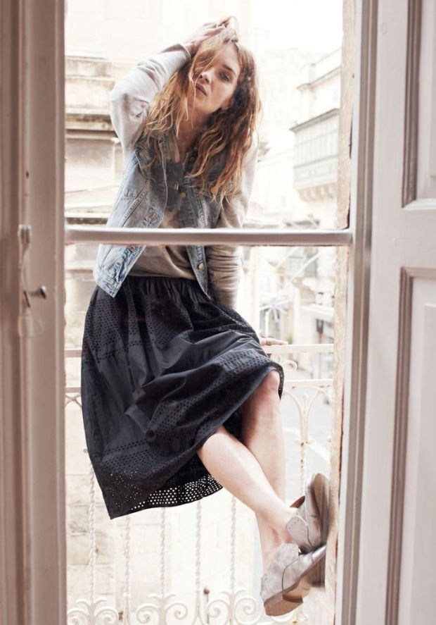 erin-wasson-in-malta-for-madewell-catalog-12