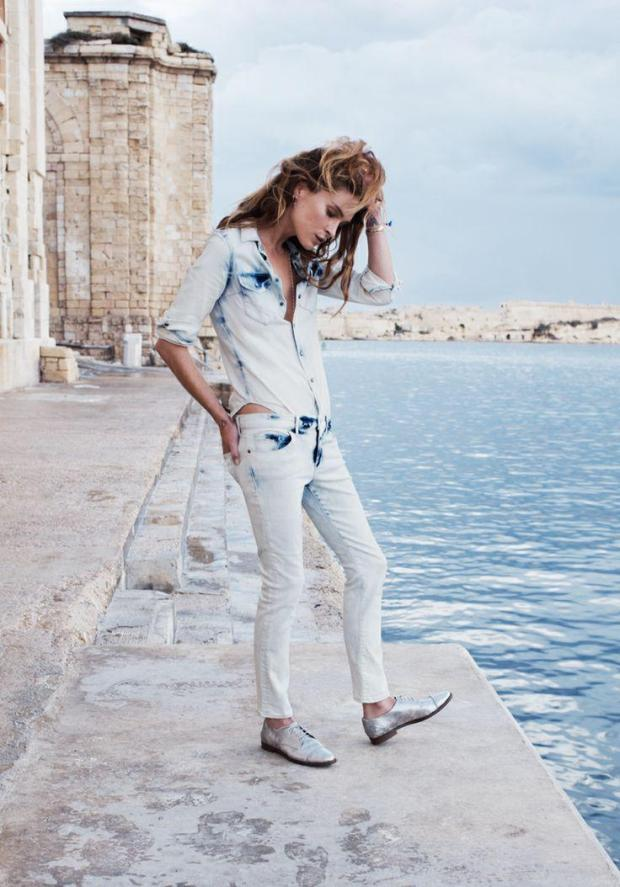 erin-wasson-in-malta-for-madewell-catalog-18